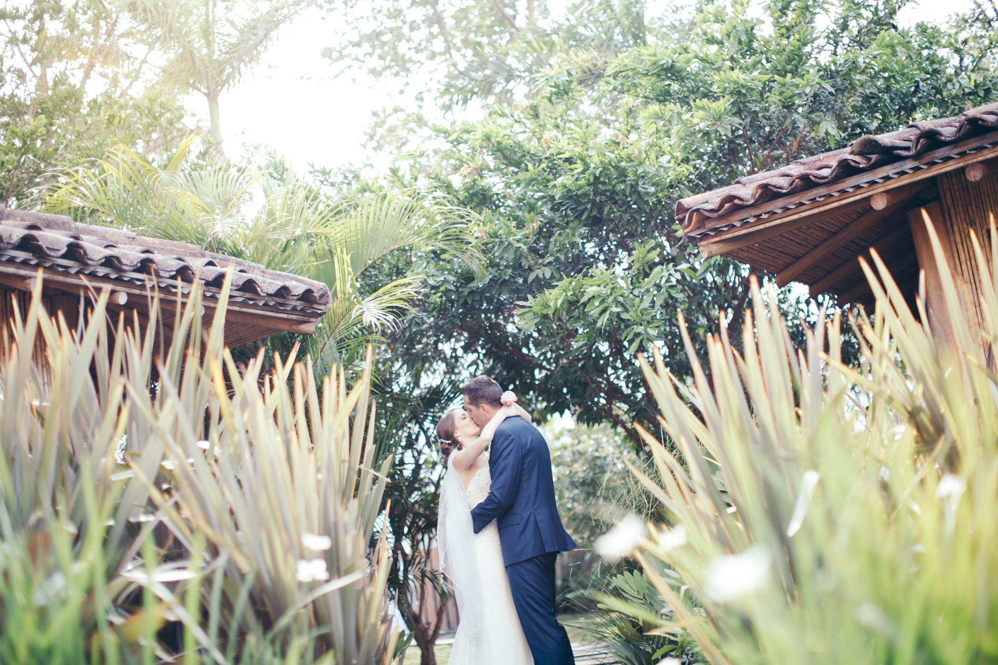 San jose costa rica samantha and kyle megan mccullor for Weddings in costa rica